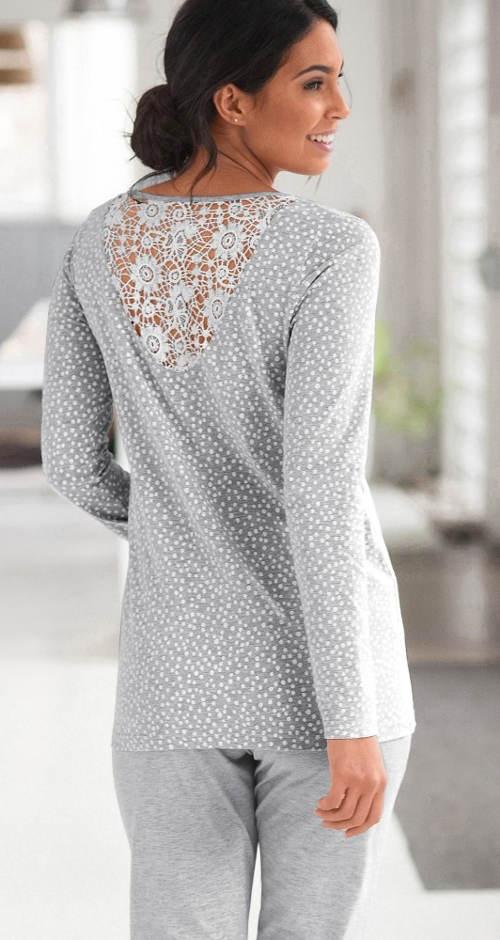 Šedé pyžamo s čipkovaným chrbtom