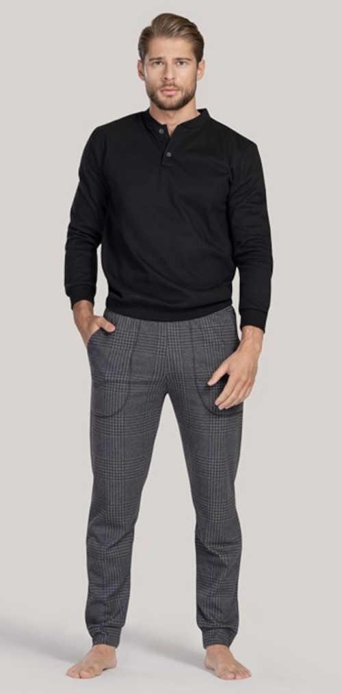 Dlhé moderné pánske pyžamo v luxusnom dizajne