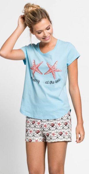 Šortkové dámske pyžamo na dovolenku pri mori
